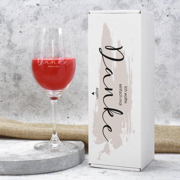 Geschenkset Duftkerze im Weinglas mit Name graviert und Danke Geschenkverpackung