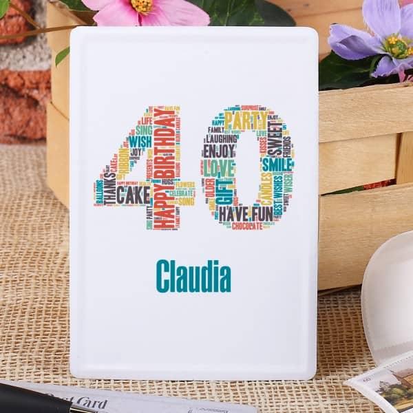 Blechpostkarte mit Name und Alter im Typografie Stil