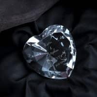 Glasdiamant zur Hochzeit mit Tauben-Motiv