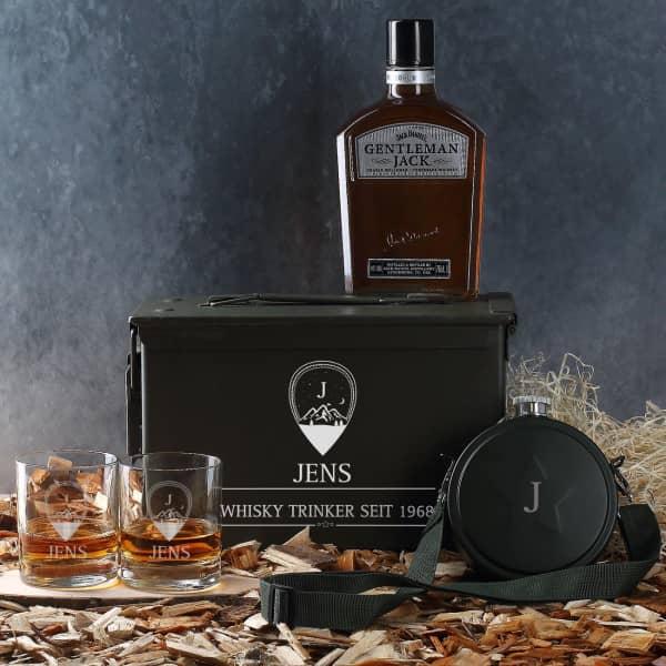 Whiskyset in Munitionskiste mit Name, Monogramm und Wunschtext