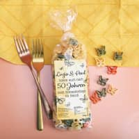 Schmetterlingsnudeln zur Goldenen Hochzeit mit Namensaufdruck