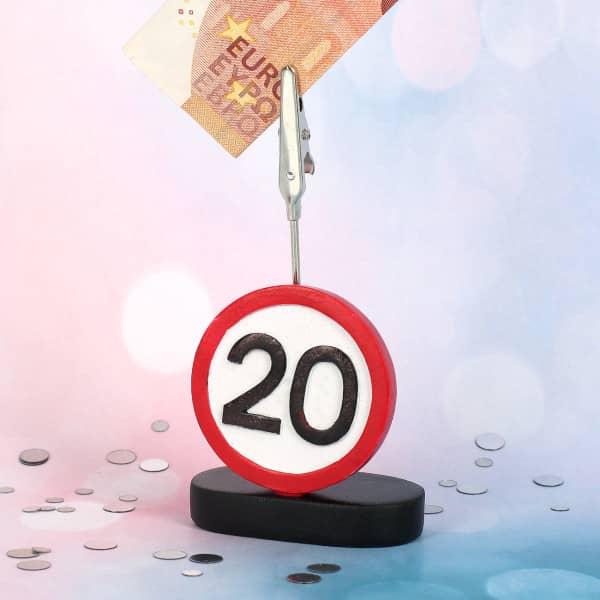 Clip mit Verkehrsschild zum 20. Geburtstag