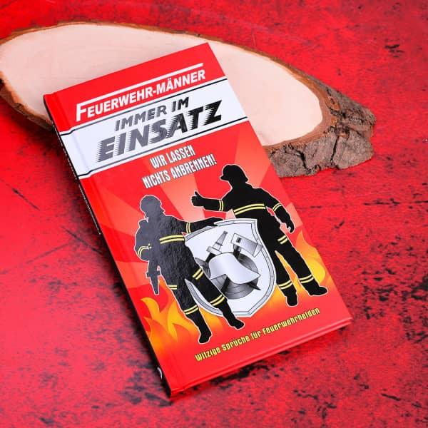 witziges Buch Feuerwehrmänner im Einsatz
