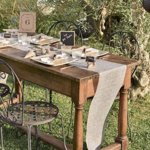 Deko Tischläufer aus Baumwolle in Naturfarben