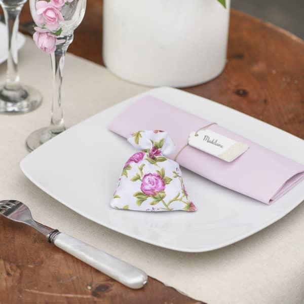 Stoff-Säckchen mit rosenmotiv