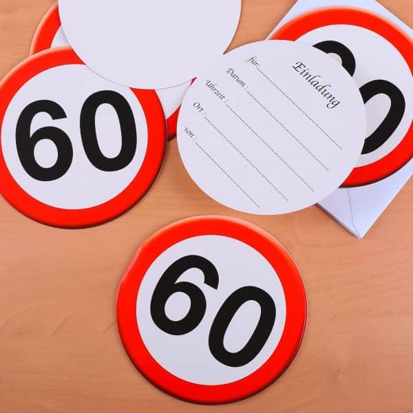 Sechs Einladungen mit Verkehrszeichen