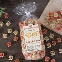 Zahlen-Nudeln zur goldenen Hochzeit in persönlicher Verpackung