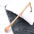 Rückenkratzer aus Holz mit Wunschgravur