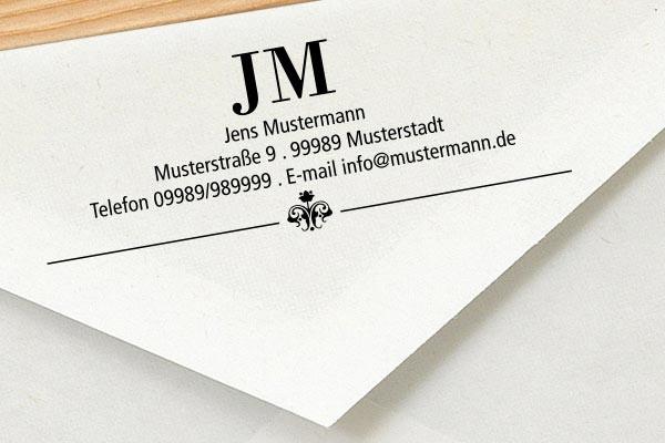 Stempel mit Initialen und Adresse