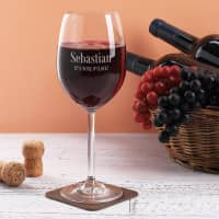 Graviertes Weinglas IT'S WINE O'CLOCK! mit Name