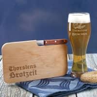 Weizenbierglas und Messerbrett Brotzeit mit Wunschnamen graviert