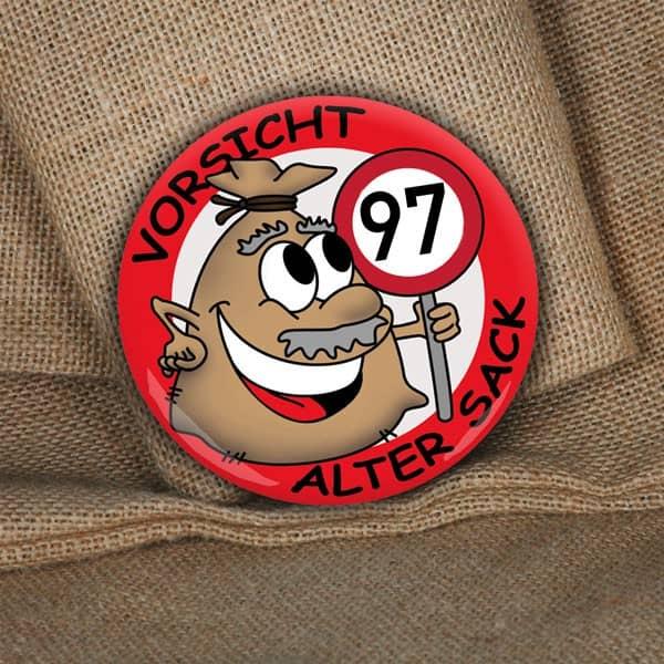 Alter Sack Button, 97 Jahre