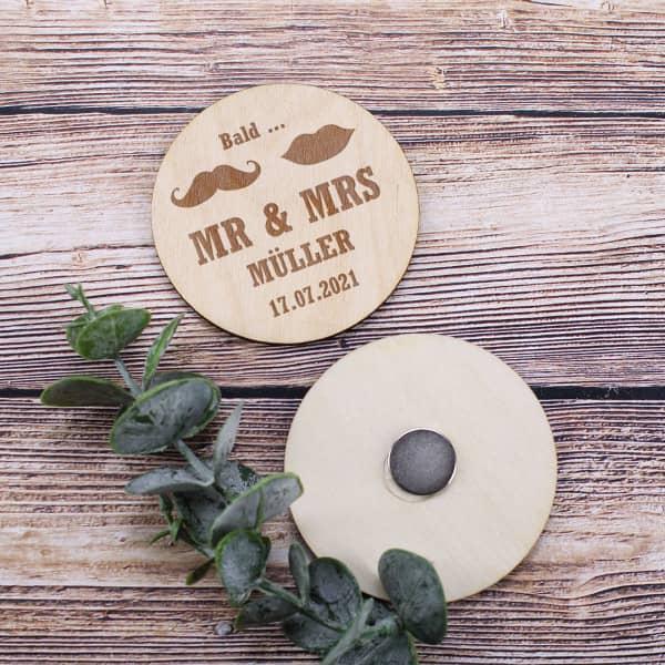 Holzmagnete - Bald Mr und Mrs - als Save the Date Karten