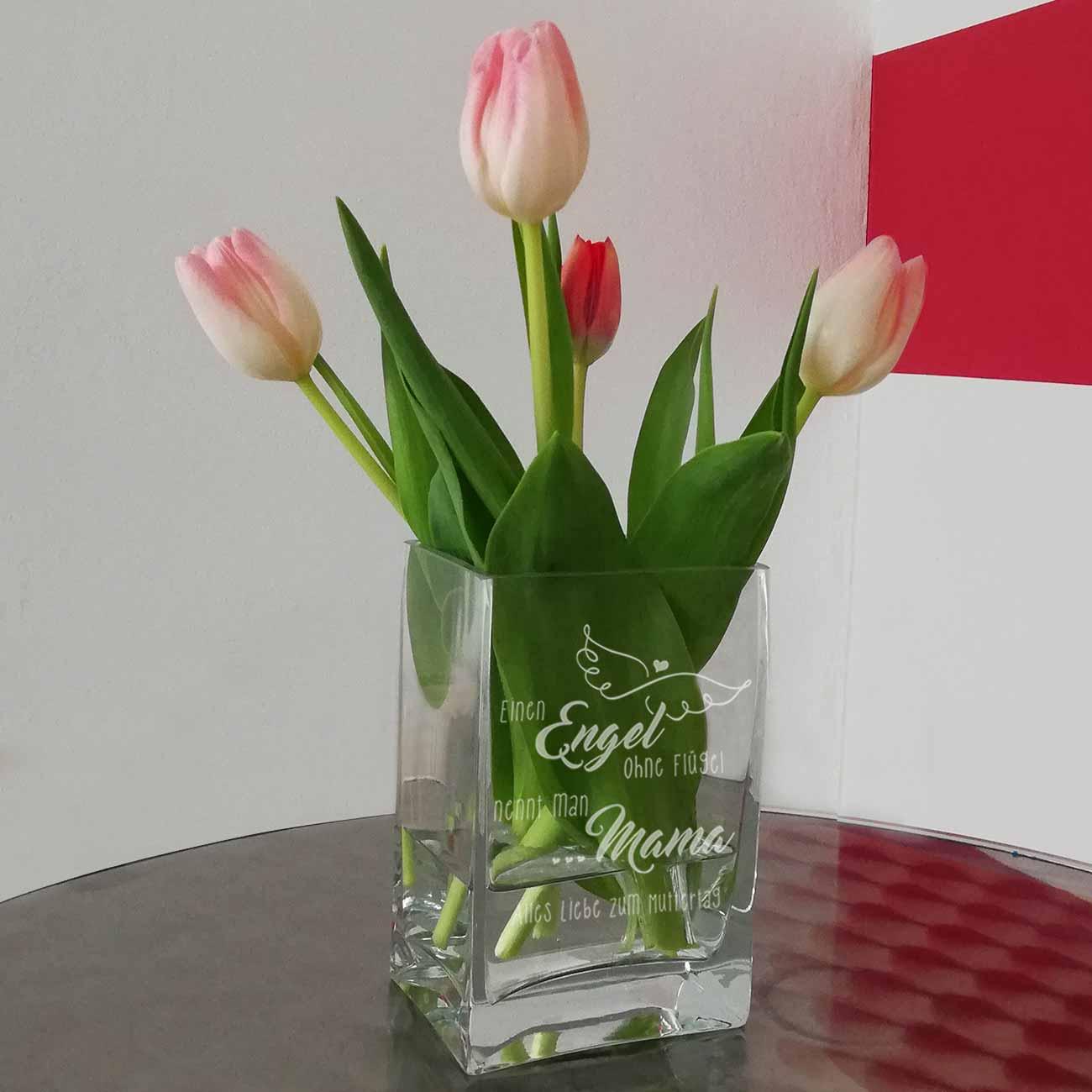 Geschenke zum Muttertag - gravierte Vase