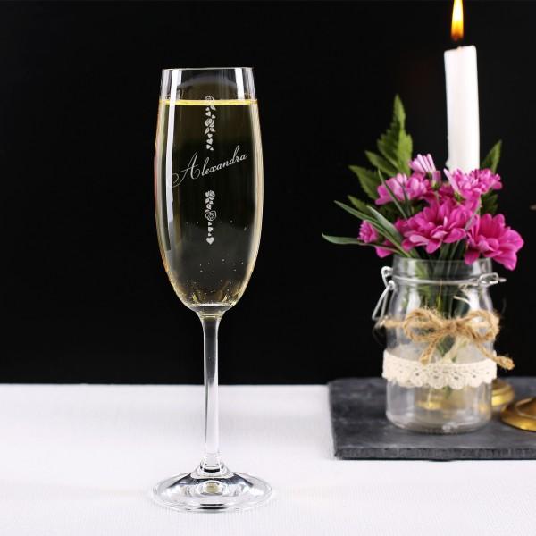 Sektglas mit Gravur von Herzen, Blüten und Ihres Wunschnamen