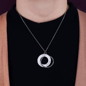 Halskette mit Namensgravur