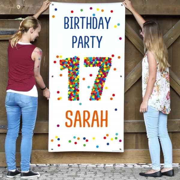XL Banner zum 17. Geburtstag mit großer Konfettizahl, Name und Wunschtext