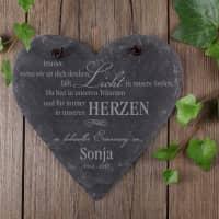 In liebevoller Erinnerung - graviertes Schieferherz mit Name und Datum