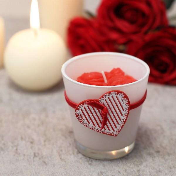 Rote Duftkerze im Glas mit Holz Herzanhänger