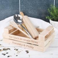 Holzstiege mit Ihren Wunschtexten in zwei Größen
