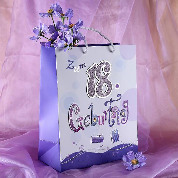 Geschenktüte zum 18. Geburtstag