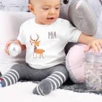Rentier-Shirt für Babys in weiß mit Wunschname