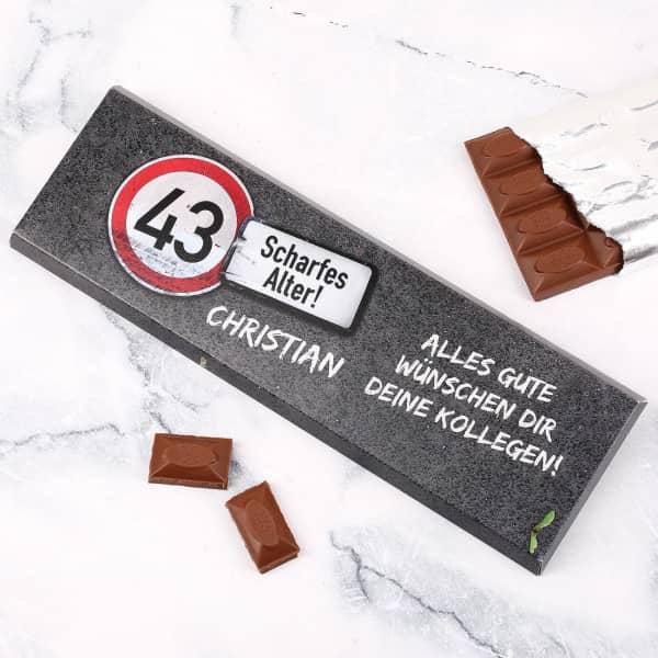 Riesige Schokolade zum Geburtstag