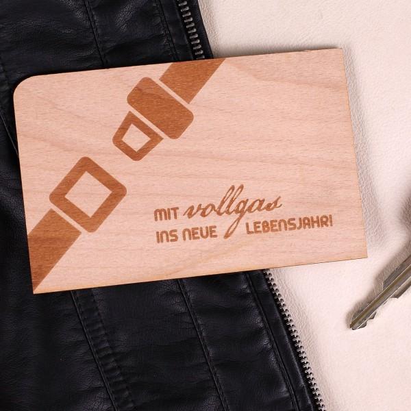 Holzpostkarte zum Geburtstag Vollgas