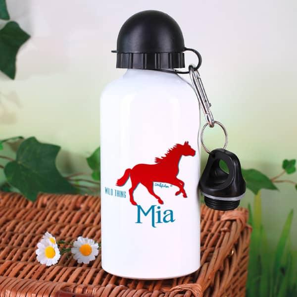 Trinkflasche mit Pferd und Name des Kindes