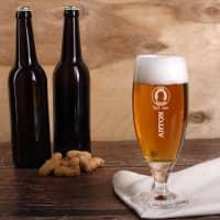 graviertes Pilsglas Bier - Kenner mit Wunschname und Geburtsjahr