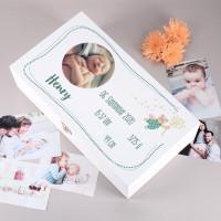 Weiße Erinnerungsbox für Jungen mit Fotoaufdruck und Geburtsangaben
