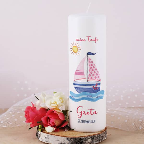 Individuellbabykind - Taufkerze für Mädchen mit Segelboot, Name, Datum und Taufspruch - Onlineshop Geschenke online.de