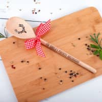 Holzkochlöffel mit Hirsch und Gravur