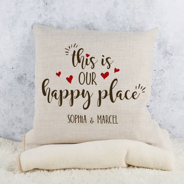 Kissen - This is our happy place mit Wunschtext
