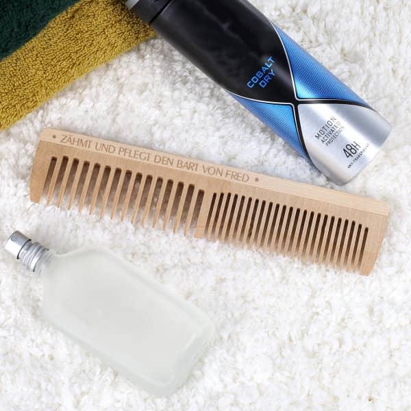 Gravierter Holzkamm für den Mann mit Bart - Coole Geschenkideen für Männer mit Bart