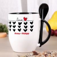 Löffeltasse LOVE mit schwarzen Herzen und Wunschtext