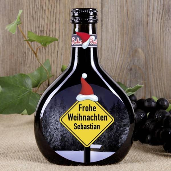 Weihnachtsgrüße per Weinflasche Bocksbeutel Weihnachtsmütze