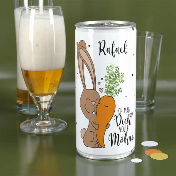 ! Liter Bierdose mit personalisiertem Etikett mit Hasen und Möhren Motiv