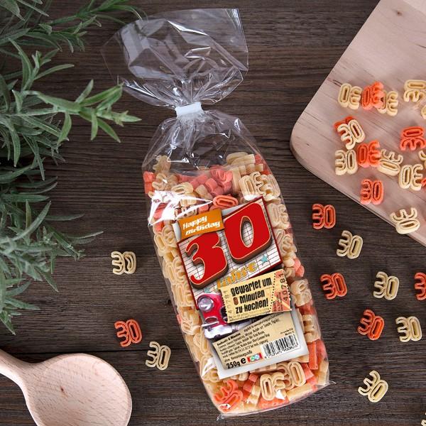 Zahlen Nudeln zum 30. Geburtstag