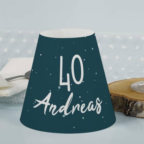 Bedruckter Lampenschirm für Gläser zum Geburtstag als Tischbeleuchtung