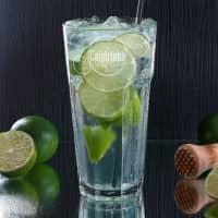 graviertes Longdrinkglas mit Wunschname und Rezept