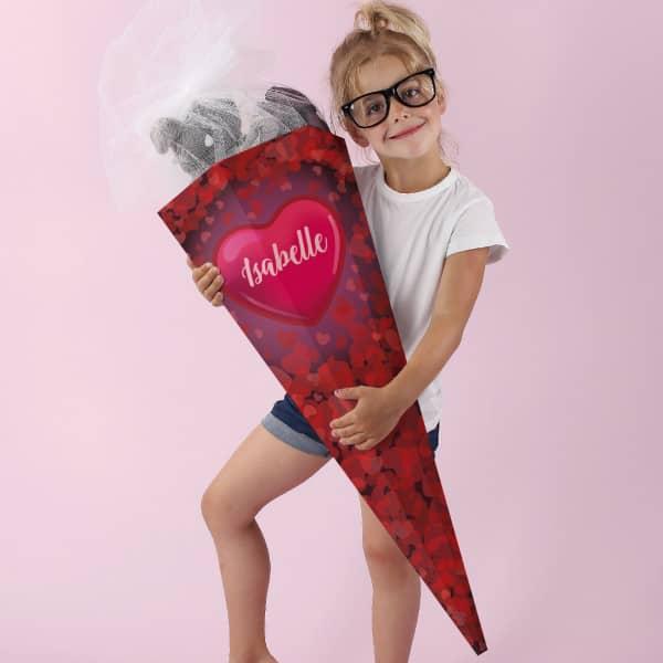 Schultüte für Mädchen mit Herzen und Name