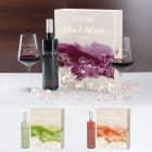Wein-Geschenkset zur Hochzeit mit zwei gravierten Gläser in einer persönlich gestalteten Holzbox