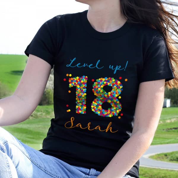 Damenshirt zum 18. Geburtstag mit Name und Wunschtext