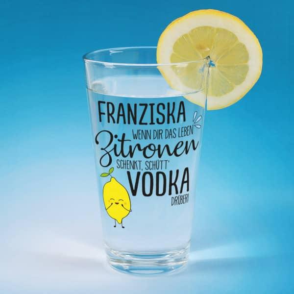 Bedrucktes Trinkglas für Vodka Lemon mit Wunschname