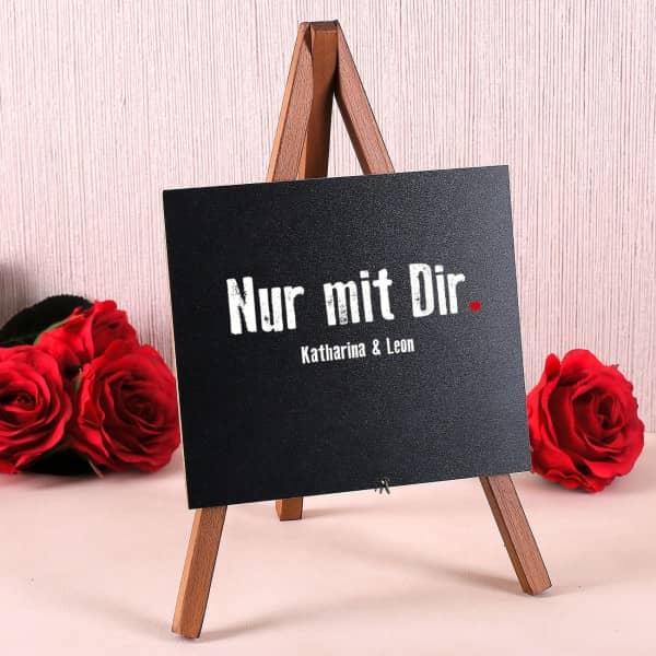 Tischdekoration zur Hochzeit Staffelei Nur mit Dir mit Wunschtext