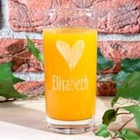 Trinkglas mit Name- und Herzgravur