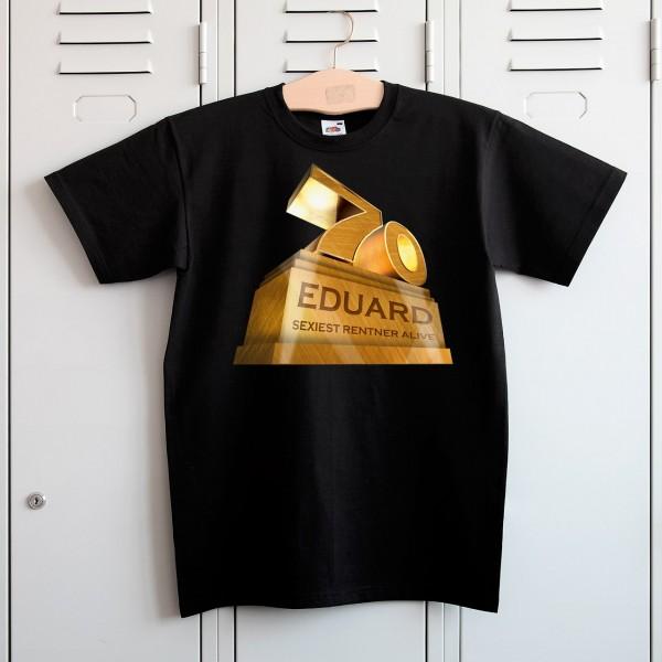Die Zahl 70, Ihr Wunschname und ein Spruch werden auf das Shirt gedruckt