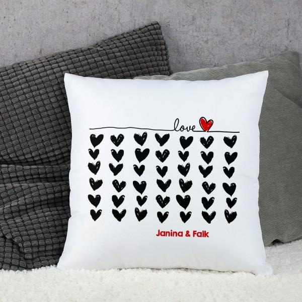 Kissen Love mit Wunschtext und Herzen