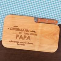 graviertes Schneidebrett mit Messer für super Papas